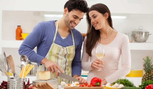 12 Romantic Things Every Man Should Do For His Wife