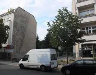 Schon wieder Florastraße: Neben dem Wichelhaus baut die Gesobau.
