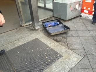 Verdächtiger Koffer (Foto: Faruk Fadan)
