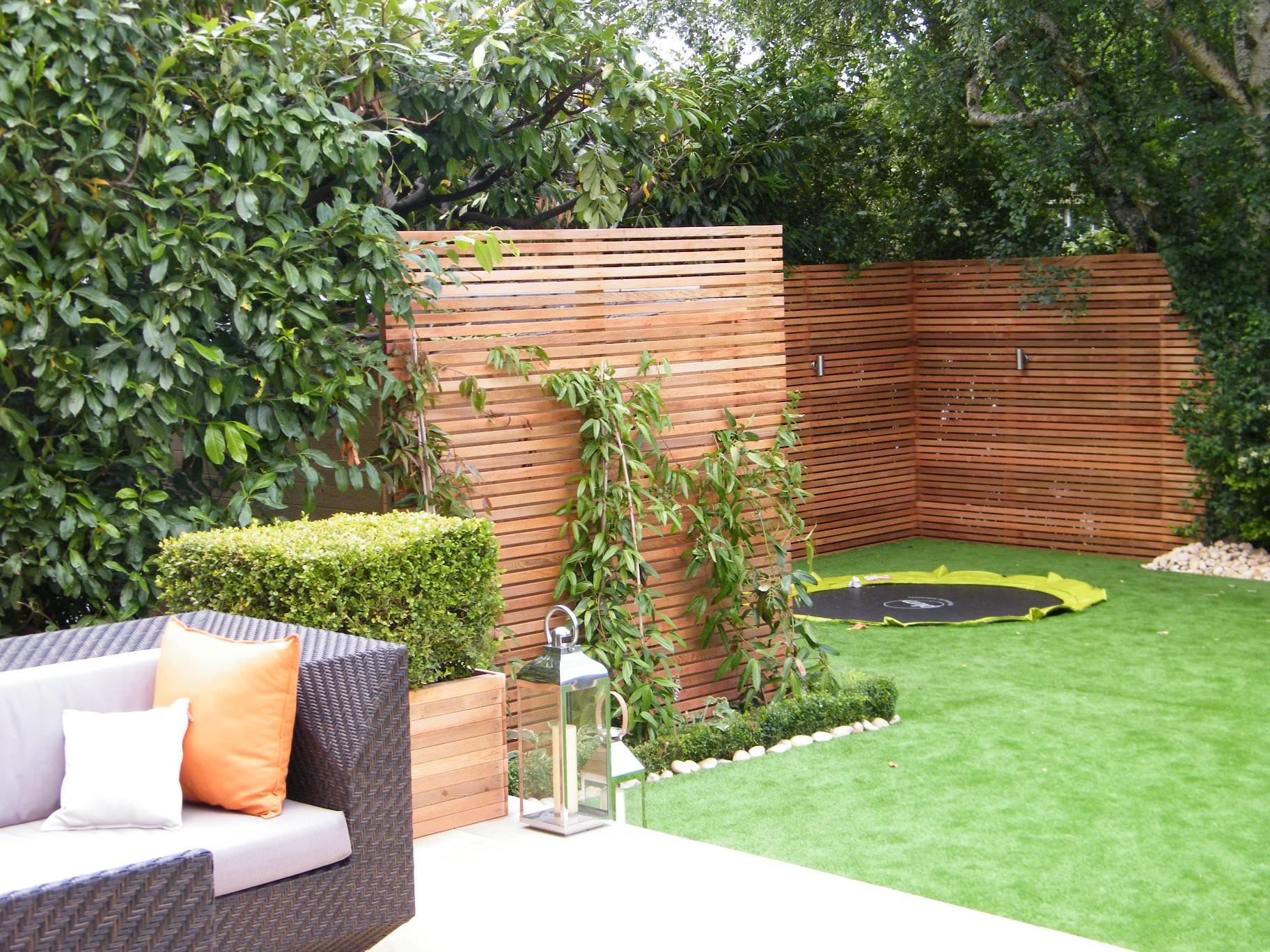5 Garden Design Ideas for a Small Garden - Floral & Hardy on Small Backyard Landscaping id=38248
