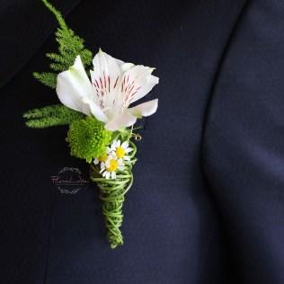 FloraLaVie_Anstecker fuer Brautigam -gruen-weiss2838