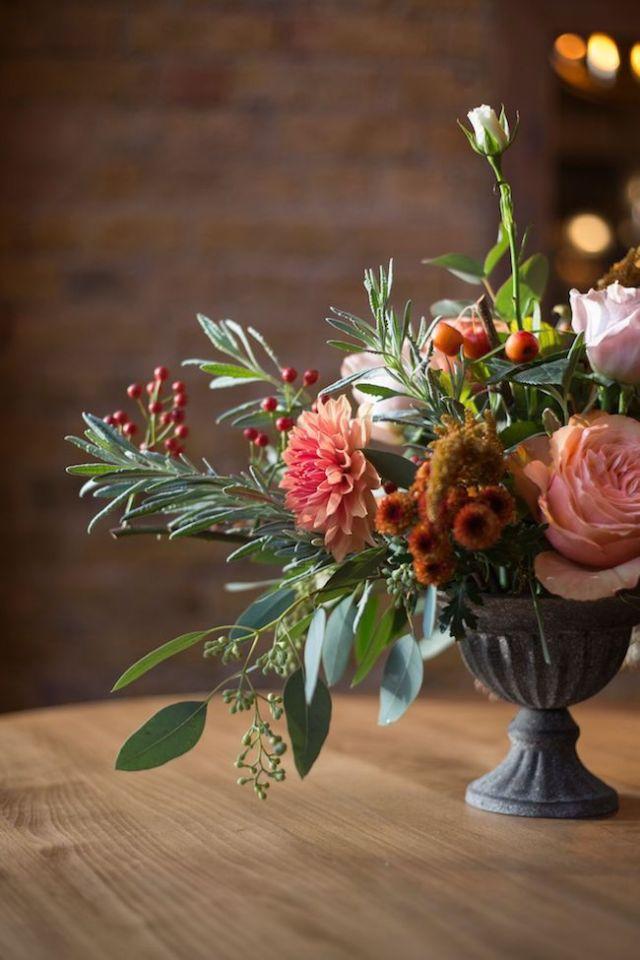 Autumn wedding table flowers
