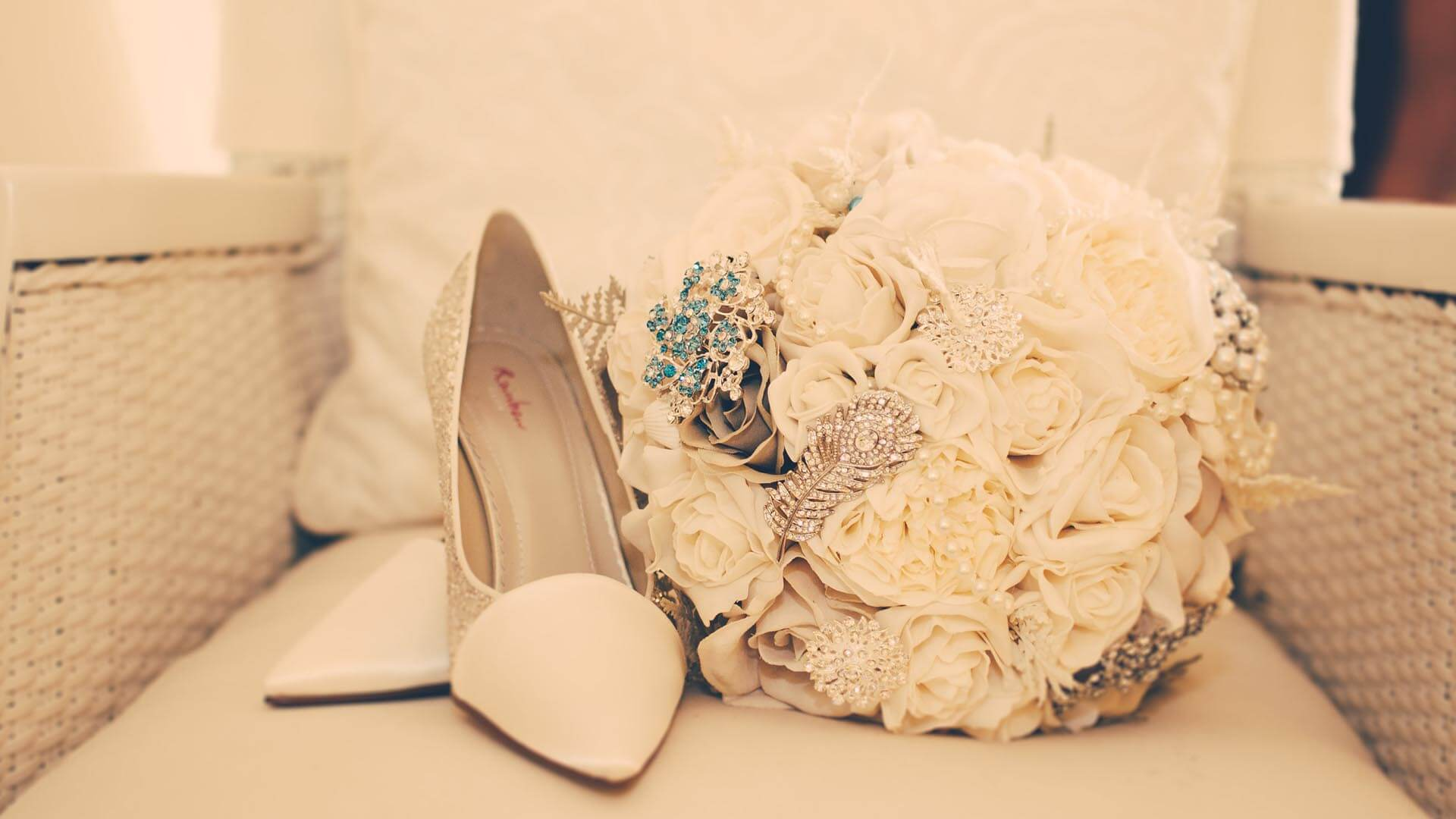 Floral Lounge Rebecca & Anthony Wedding-001