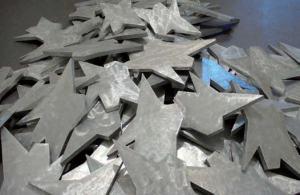 """Franco Ionda """"Monte di stelle decapitate"""", 1991, Installazione Castel dell'Ovo - Napoli - 2007"""