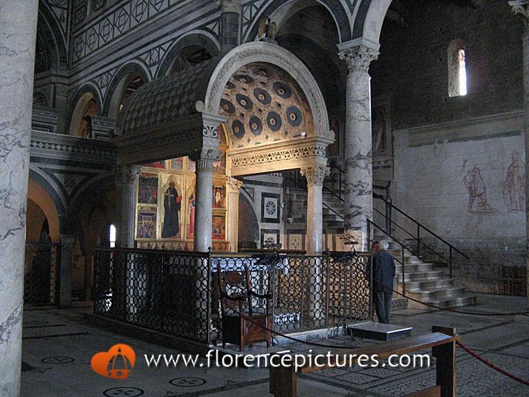 Cappella Del Crocifisso Photo San Miniato Florence