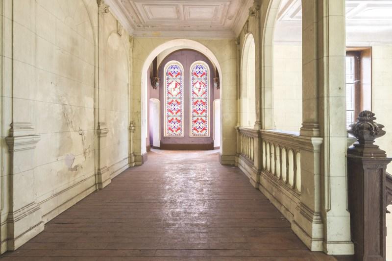 Partez à la découverte du Château Poséidon - Exploration urbaine - Urbex - France - Florent DEVAUCHEL Photographie - Copyright