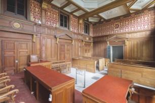 Tribunal_