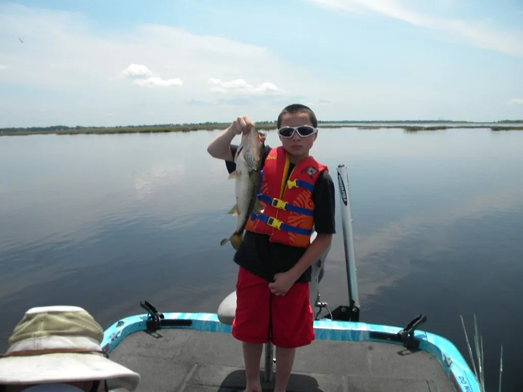 Lake toho family fishing trip orlando bass fishing guides for Lake toho fishing guides