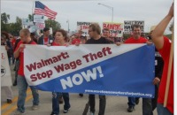 Warehouse workers protest in Illinois  Photo: (Peoplesworld/Flickr/Creative Commons)