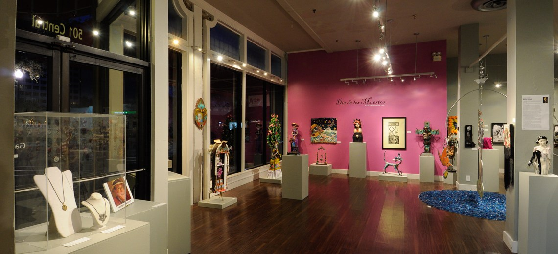 [Gallery] Dia de los Muertos Exhibition and Opening Reception