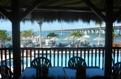 Sunset Grille tiki bar