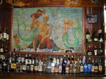 Cedar Key: Neptune Bar at the Island Hotel