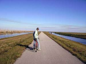 Biking Lake Okeechobee Scenic Trail