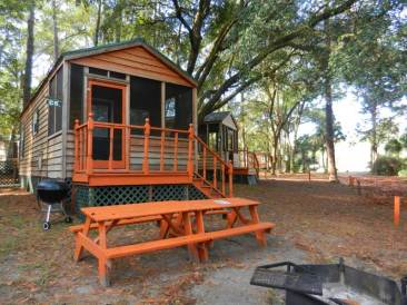 Cute cabin at Ocklawaha Outpost near Ocala.