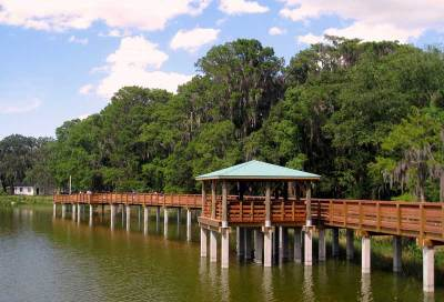 The boardwalk at Palm Island Park. (Photo courtesy Jared422_0 via Flickr.)