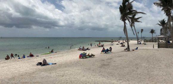 sombrero beach in marathon