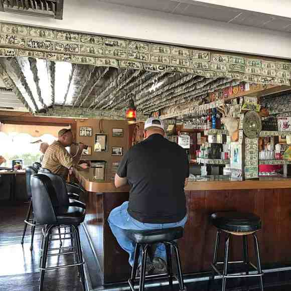 bar desert inn yeehaw junction