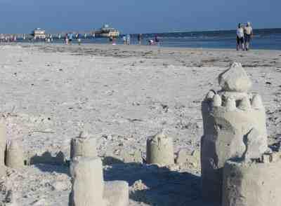 The beach at Fort Myers Beach. (Photo: Bonnie Gross)