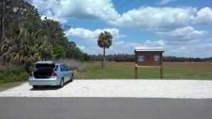 Trailhead parking at Colt Creek State Park