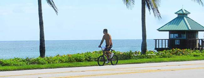 Bike path along A1A in Boca Raton.