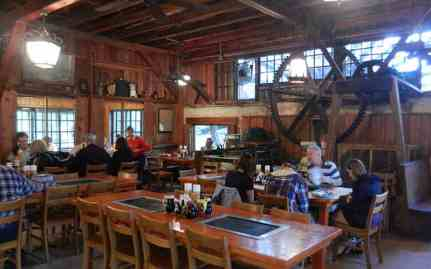De Leon Springs State Park: Old time tools in Sugar Mill restaurant