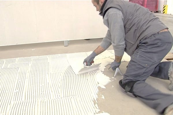 how to lay large format tiles tips