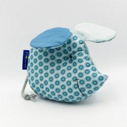 Maus als Lernspielzeug für Babys mit Knisterohren und Quietsche im Bauch in Mint Baumwolle.