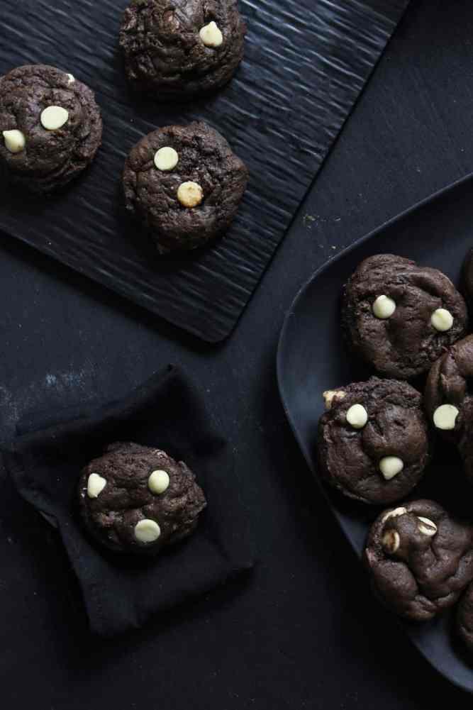 triple chocolate cheesecake cookies