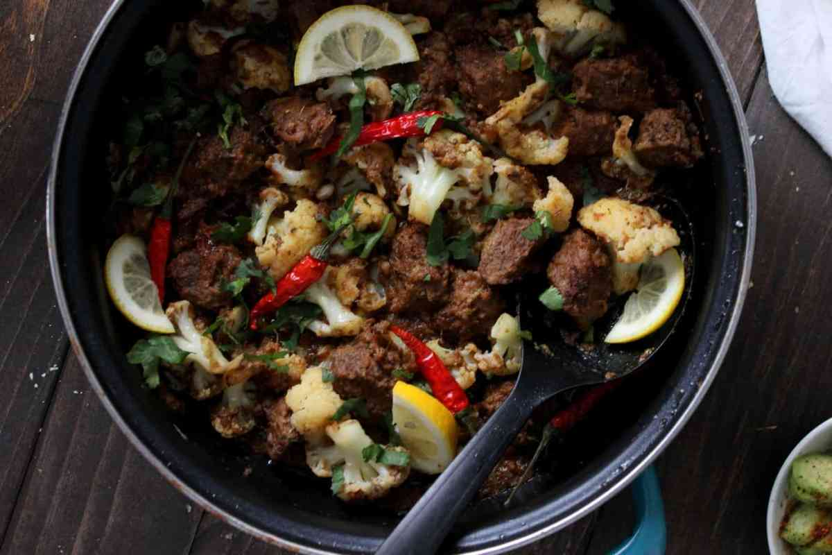 Gobi Gosht - a Meat and Cauliflower Stew for the Soul