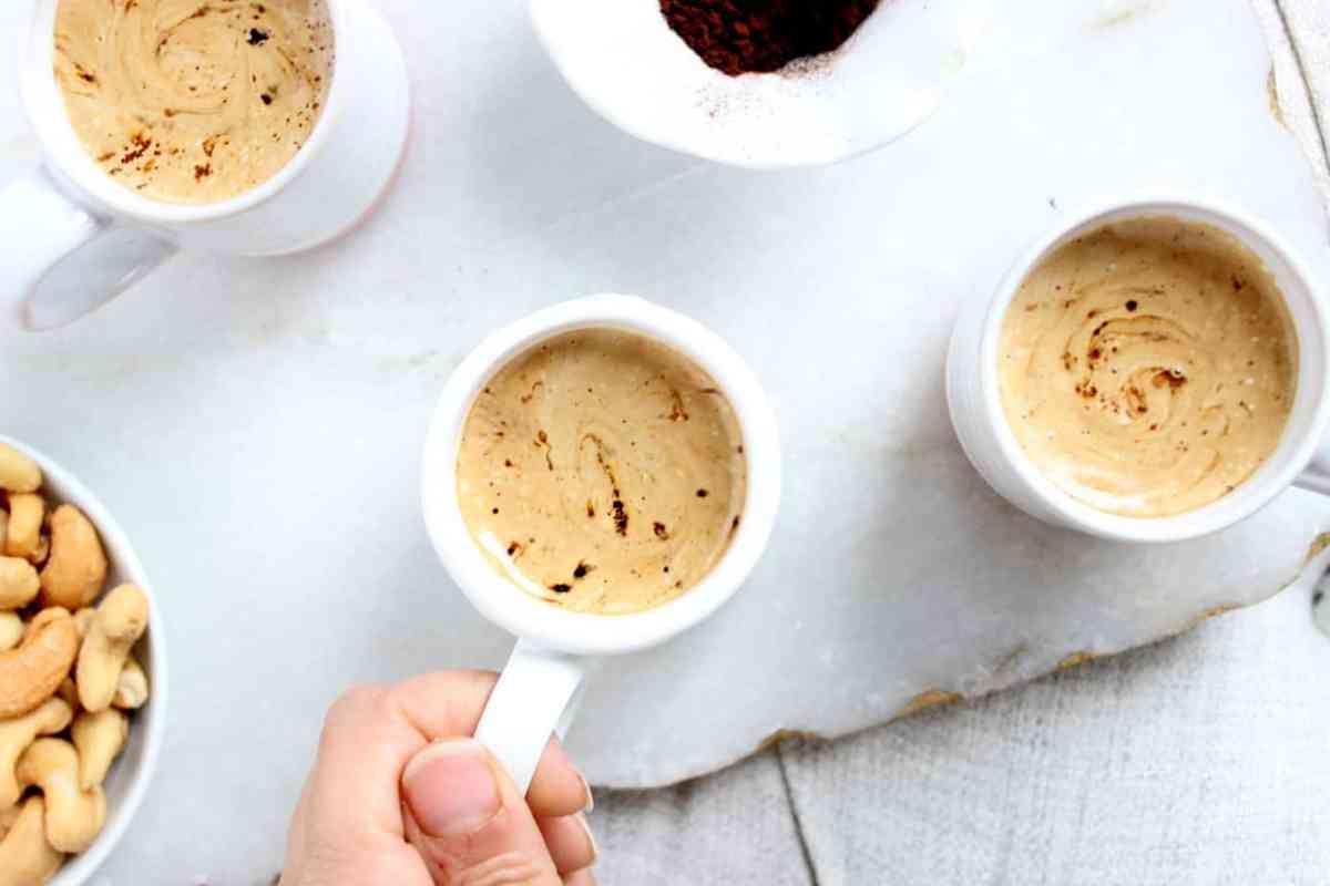 """Phitti Hui Coffee"" or Whipped Coffee - a Pakistani Latte"