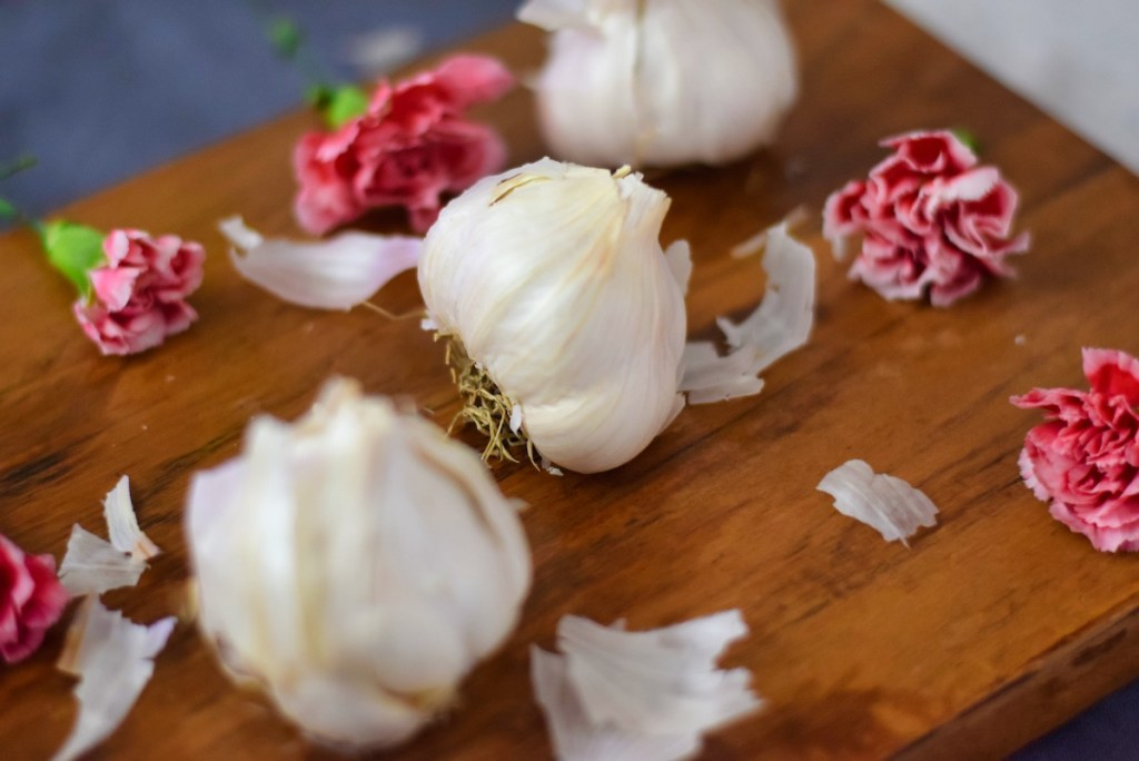 bulbs-of-garlic