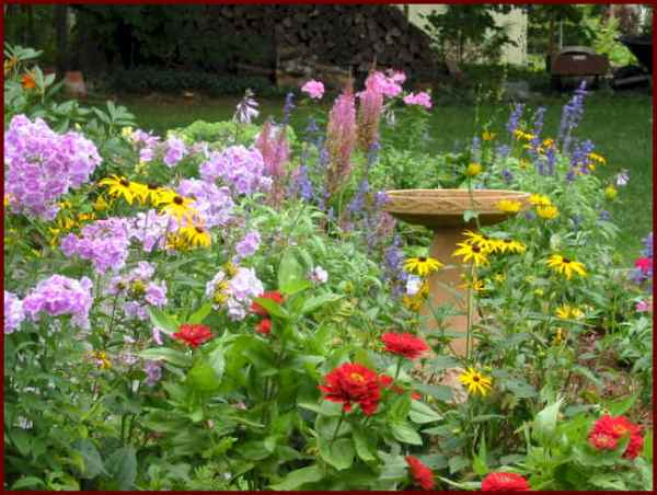 beautiful flowers garden ideas Flower Garden Pictures | pictures of beautiful flower gardens