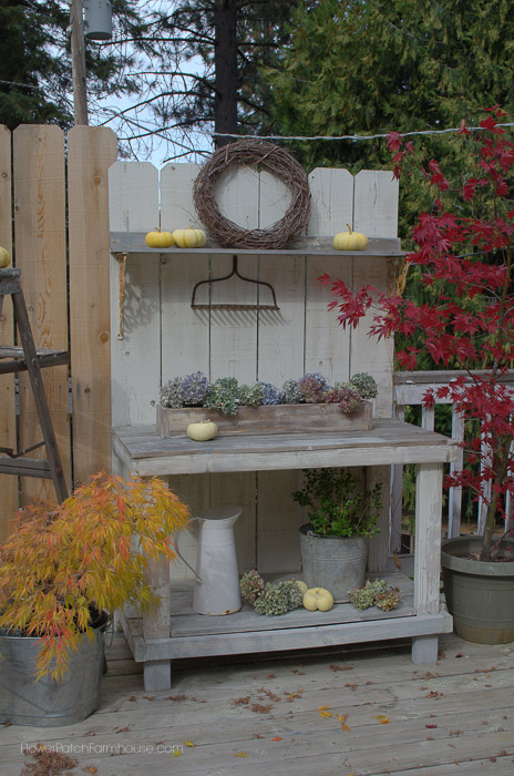 DIy Fence Board Potting Bench, FlowerPatchFarmhouse.com