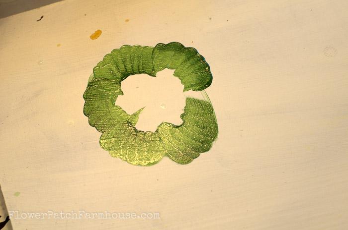 How to Paint Lettuce, FlowerPatchFarmhouse.com