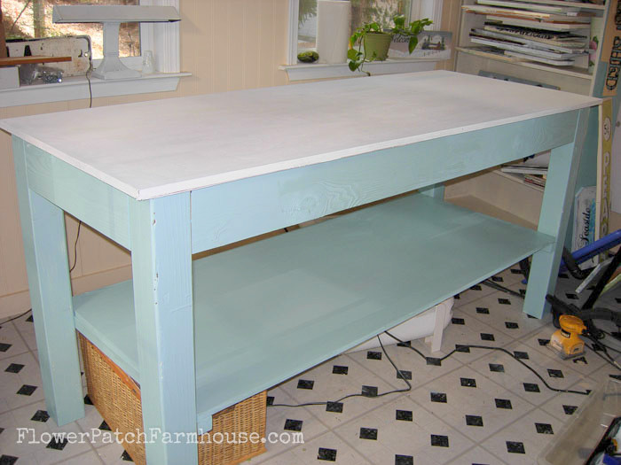 DIY workbench, FlowerPatchFarmhouse.com (4 of 4)