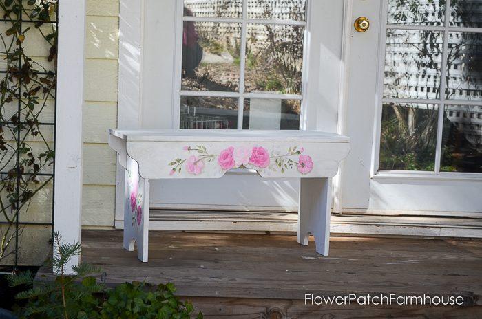 DIY Sweetheart Bench, FlowerPatchFarmhouse.com (4 of 4)