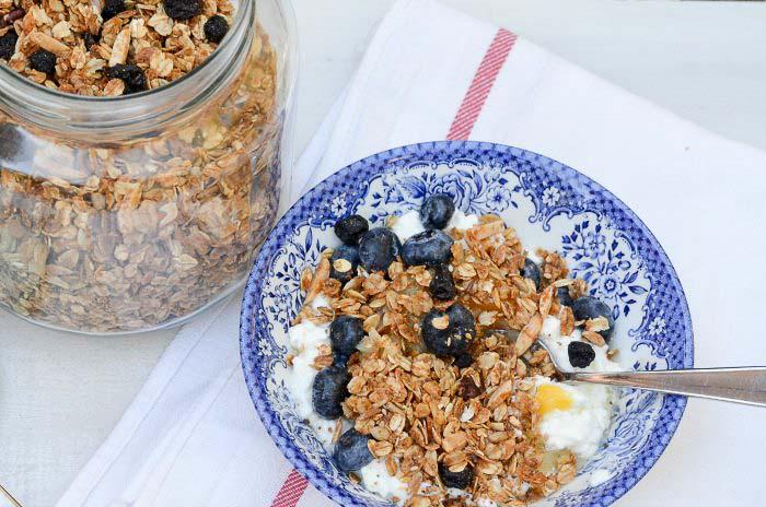 jar and bowl of home made granola