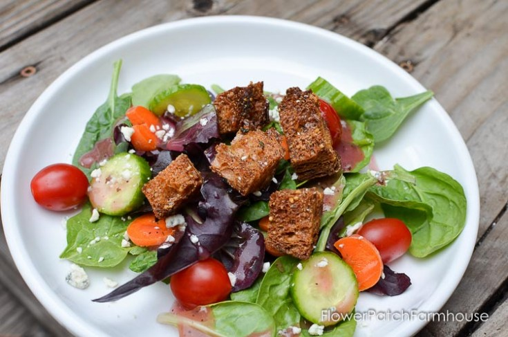 Easy Delicious Crunchy Homemade Croutons