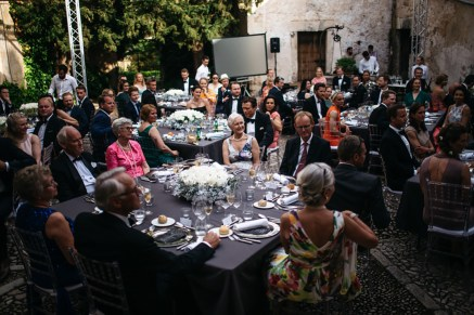 Es Fangar silver, white and black wedding (1)