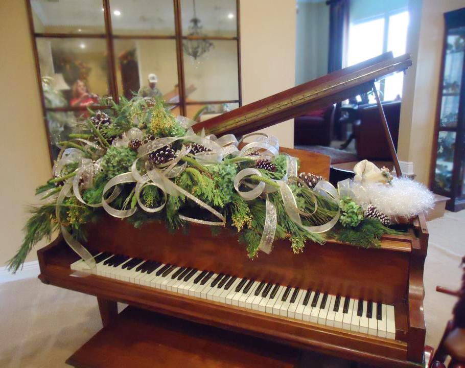 Florist Friday Recap 1208 1214 Christmas Traditions