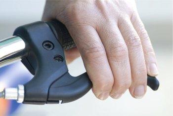 Bike Bremse Scheibenbremse korrekt einstellen - Fingerabstand