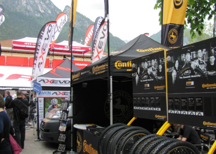 Continental_booth
