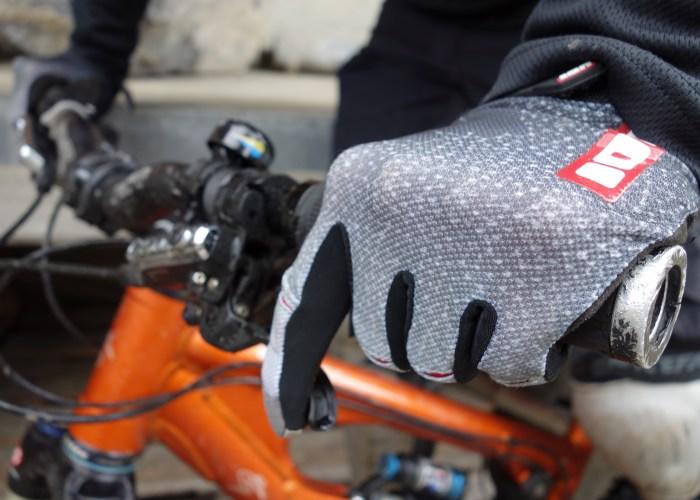 ion-wisp-handschuh-glove-5