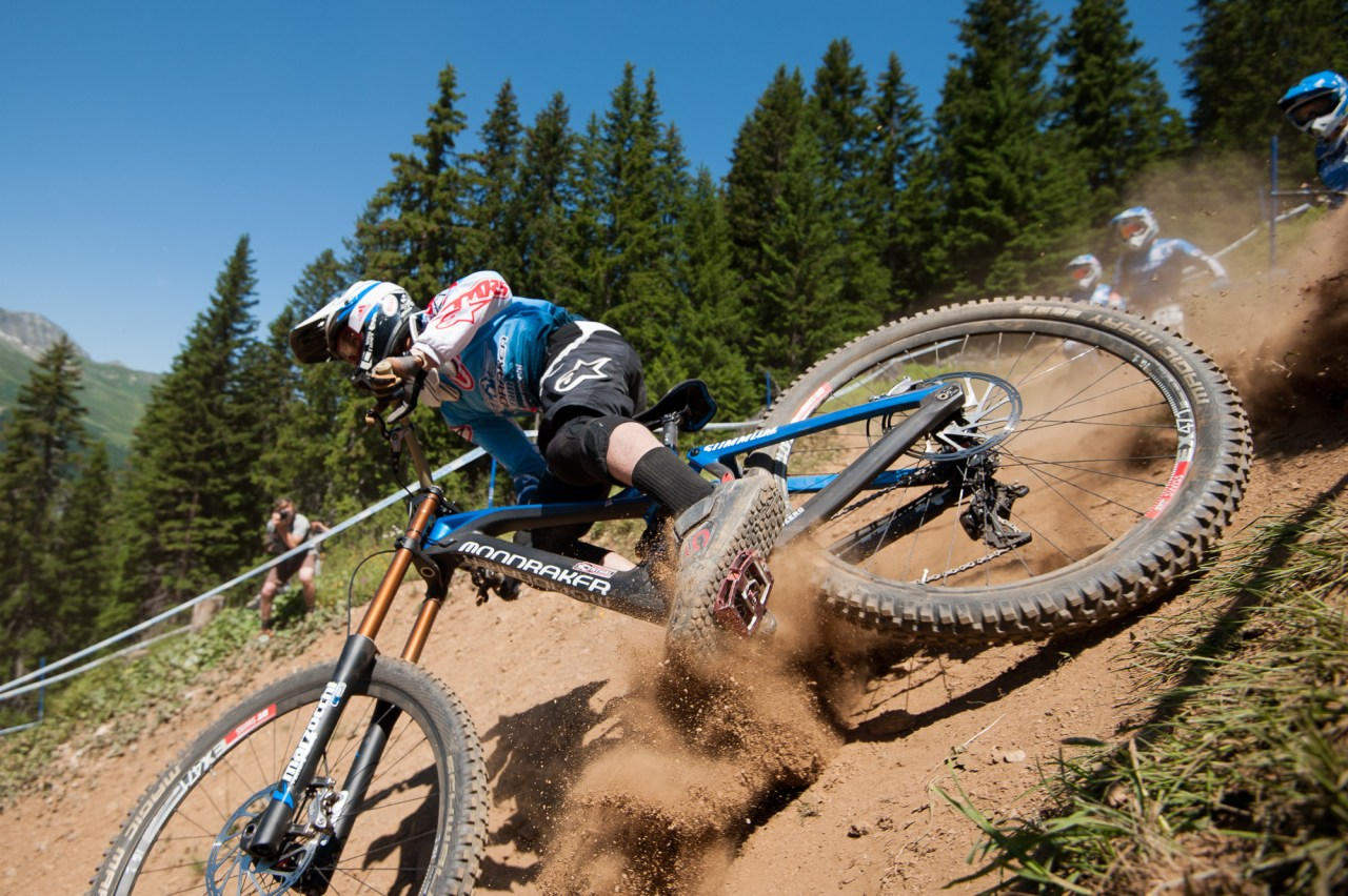 uci downhill lenzerheide training