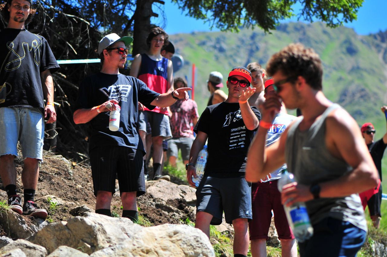 uci downhill world cup lenzerheide track walk 2015