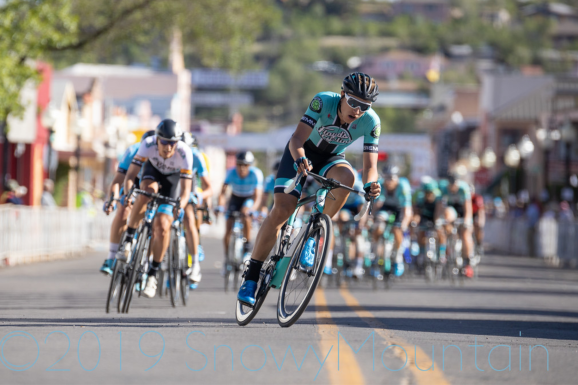 Carson on the move during Stage 4 Crit ©TOTG