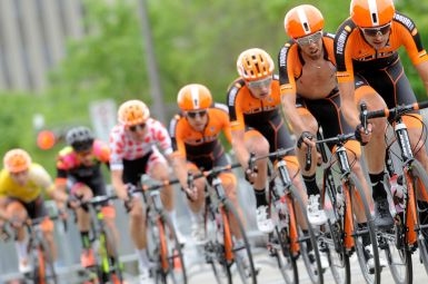 Hauling at Beauce ©VeloImages
