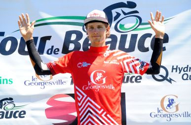 After Stage 3a, Roberge was 2nd in GC and in the Red Young Rider's jersey ©VeloImages