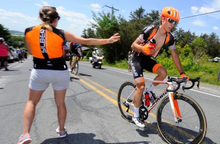 One of our soigneurs, Sandra Dos Pasos, feeds Chrétien with a touch of panache #silberbullet ©VeloImages