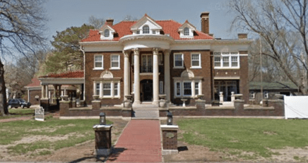 The mansion that Granny guested courtesy of FoL